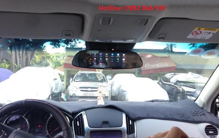 Lắp đặt camera gương cho xe ô tô